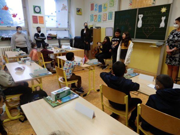 Slavnostní přivítání prvňáčků na ZŠ Jarošova