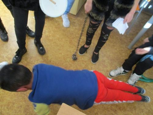 Mikuláš ve školní družině f04