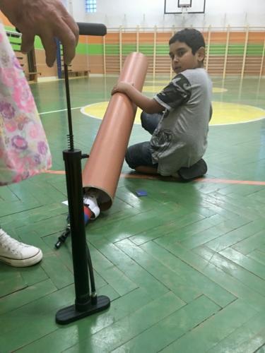 Odpalování raket - fyzika se zážitkem 05