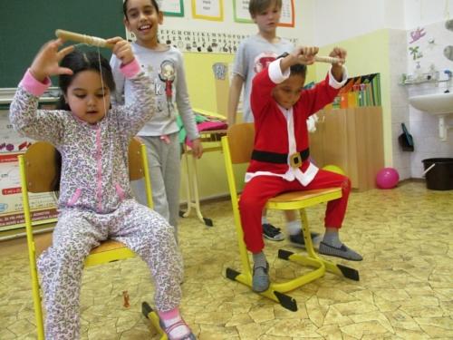 Pyžamový bál ve školní družině 03