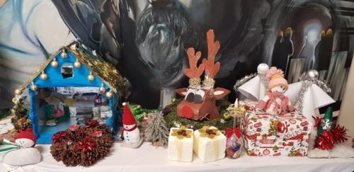 Výtvarná soutěž o nejkrásnější vánoční výrobek f01