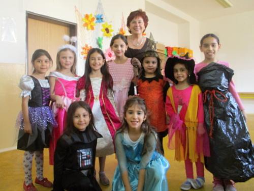 karneval-ve-skolni-druzine f01