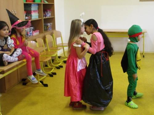 karneval-ve-skolni-druzine f03